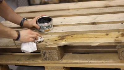 Video instructions of how to do a table with 2 pallets 2