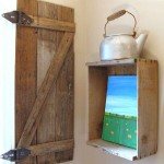 Build a rustic shutter for your bathroom using pallet boards