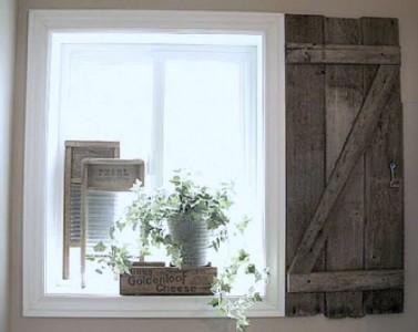 Build a rustic shutter for your bathroom using pallet boards 2