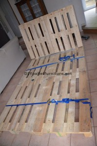 Fantastic bed with headboard built with 6 Europallets 1