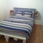 Fantastic bed with headboard built with 6 Europallets