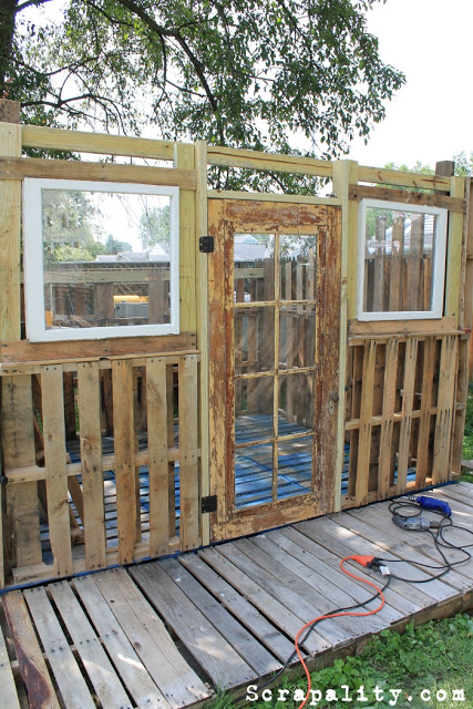 Pallet shed project: The doors and windowsDIY Pallet Furniture | DIY ...