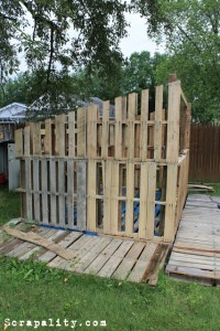 Pallet shed project The pallet walls 2