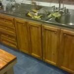 Renovated kitchen furniture using pallet planks 4