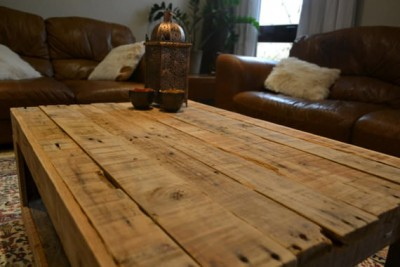 Rustic table made with pallets 2