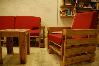 Ubik cafe, a bookstore and a cafe furnished with recycled objects 3