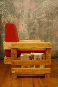 Ubik cafe, a bookstore and a cafe furnished with recycled objects 5