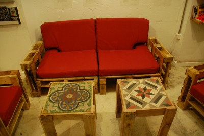 Ubik cafe, a bookstore and a cafe furnished with recycled objects 6