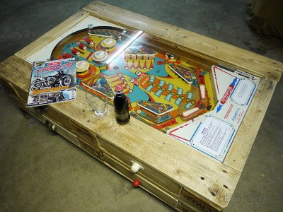 Coffee table with integrated pinball built with pallets 3