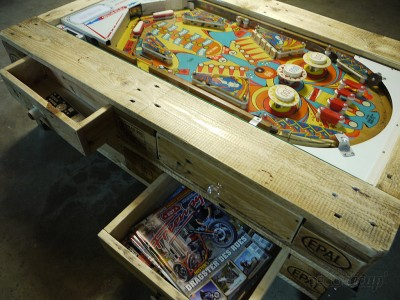 Coffee table with integrated pinball built with pallets 4