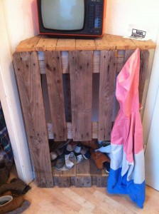 Cupboard corner build with a pallet