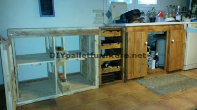 Fully furnished kitchen with pallets 4