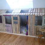 Little house and bedrooms with pallets for the children