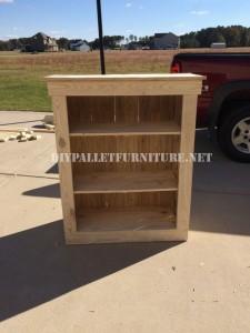 Shoe rack for bedroom built with pallets 3