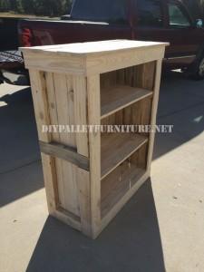 Shoe rack for bedroom built with pallets 4