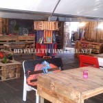 Bar decorated with DIY pallet furniture