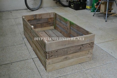 Basic Planter made with pallets 1