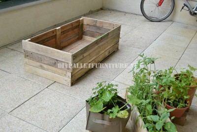 Basic Planter made with pallets 2