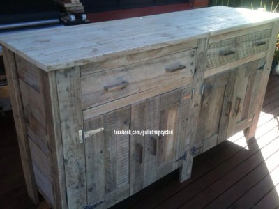 Drawer idea made with pallet planks 2