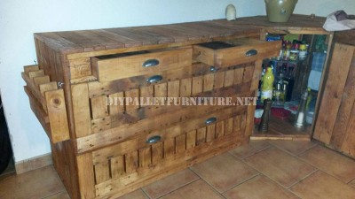Pallet drawer for the kitchen 1