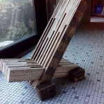 Design chair built with pallet planks