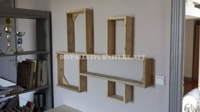 Design shelf built of pallet planks 6