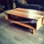 Design table made with pallets