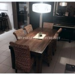 Dining table made with pallets 1