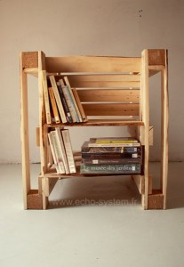 Interesting design 2 in 1 of a chair and bookcase with pallets 2
