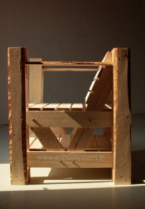 Interesting design 2 in 1 of a chair and bookcase with pallets 3