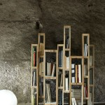Bookcase built with pallets vertically