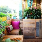 A tropical paradise with pallets!