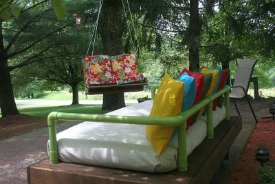 Outdoor bed sofa built with pallets and pvc pipesdiy - Tuyau pvc 400 ...