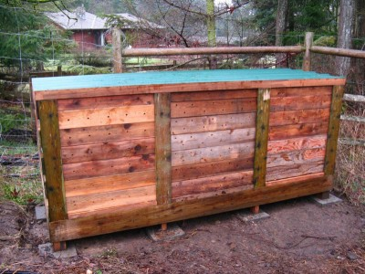 Step by step pallet composter 1
