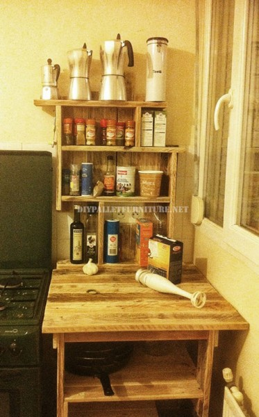 Auxiliary furniture for the kitchen with pallets 1