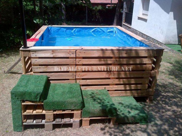 Plans to build a swimming pool with palletsdiy pallet for Diy small pool