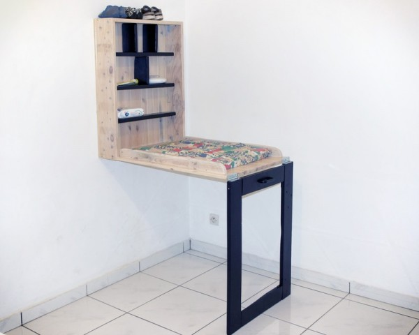 Baby changing table made of pallets 1