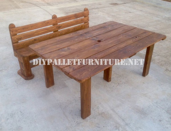 Bench and table made with pallets for the yard 6