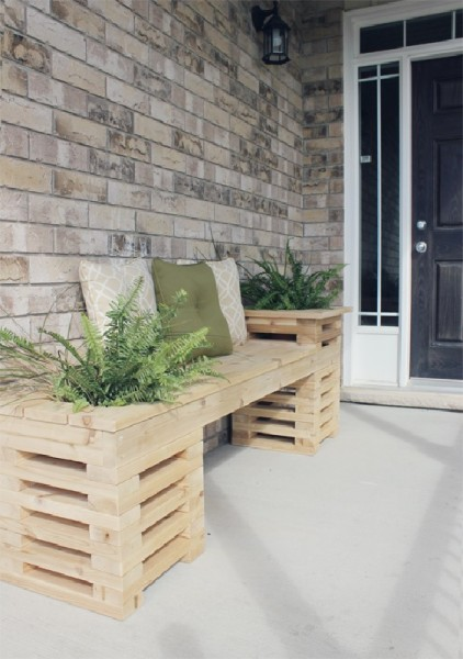 Bench built with pallet planks interspersed 1