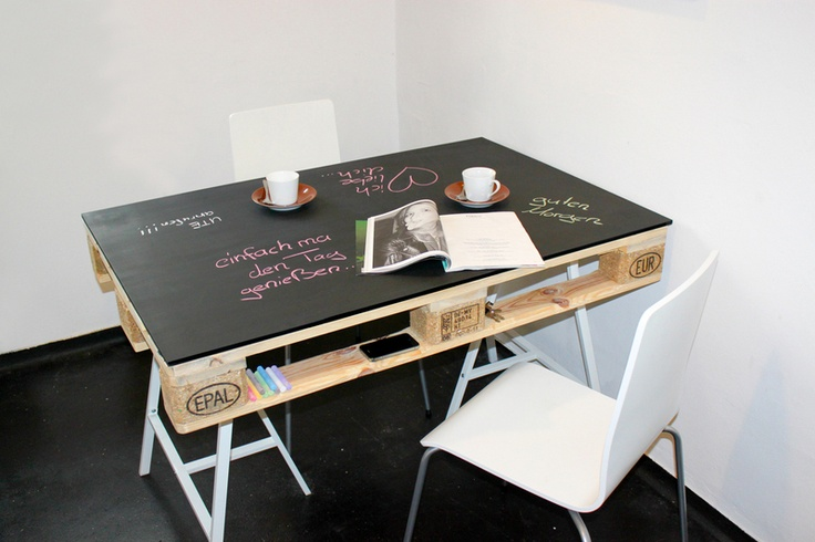 Cool studio table very easy to do