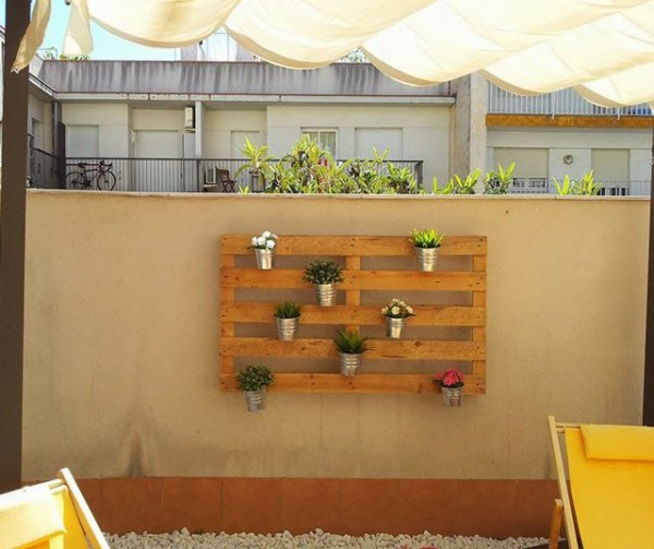 Diy pallet furniture for Jardin vertical con palets