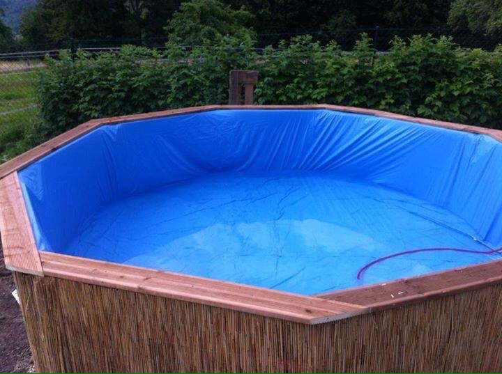Huge Swimming Pool Built With Pallets Step By Stepdiy Pallet Furniture Diy Pallet Furniture