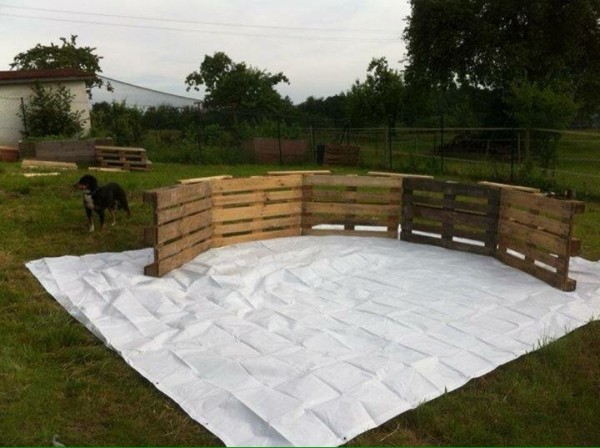 Huge swimming pool built with pallets step by step 2