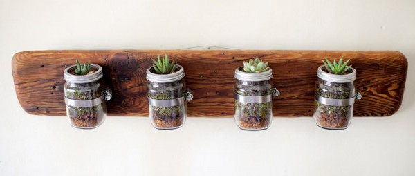 Indoor small pots made with pallets 6