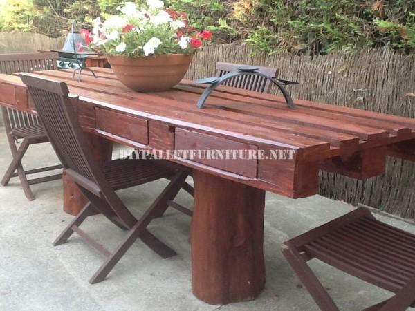 Rustic garden table 1