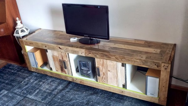 TV cabinet made of a expedit bookcase and pallets 1