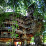 Huge tree house built with recycled wood