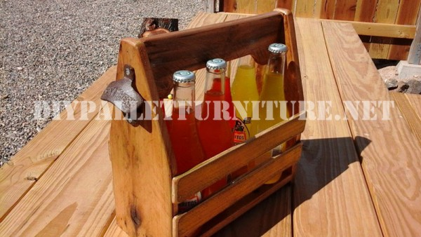 Bottle holder with pallets 1