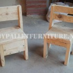 Child chairs with pallets