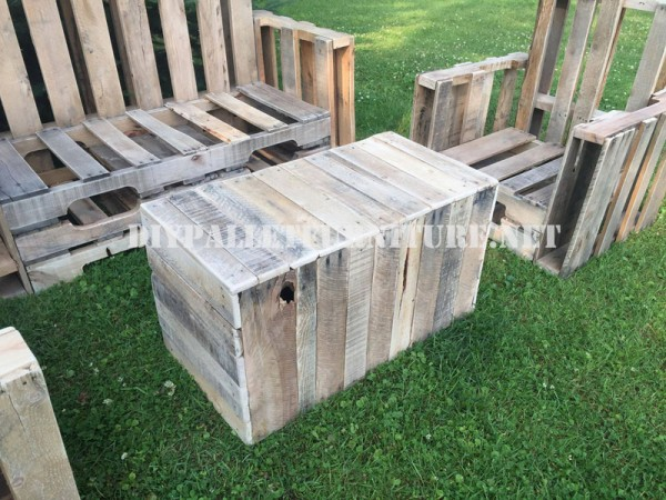 Pallet furniture for the garden 2